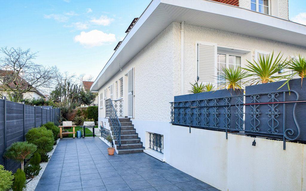 Maison à vendre 7 182m2 à Pau vignette-4