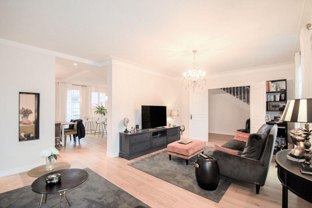 Maison à vendre 7 182m2 à Pau vignette-5