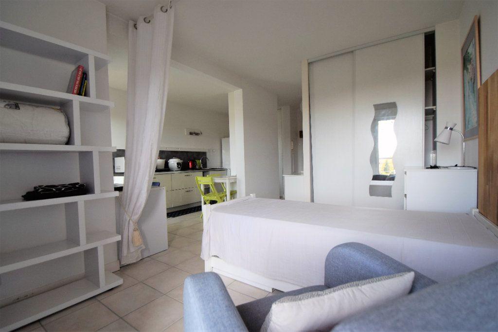 Appartement à louer 1 30m2 à Pau vignette-1