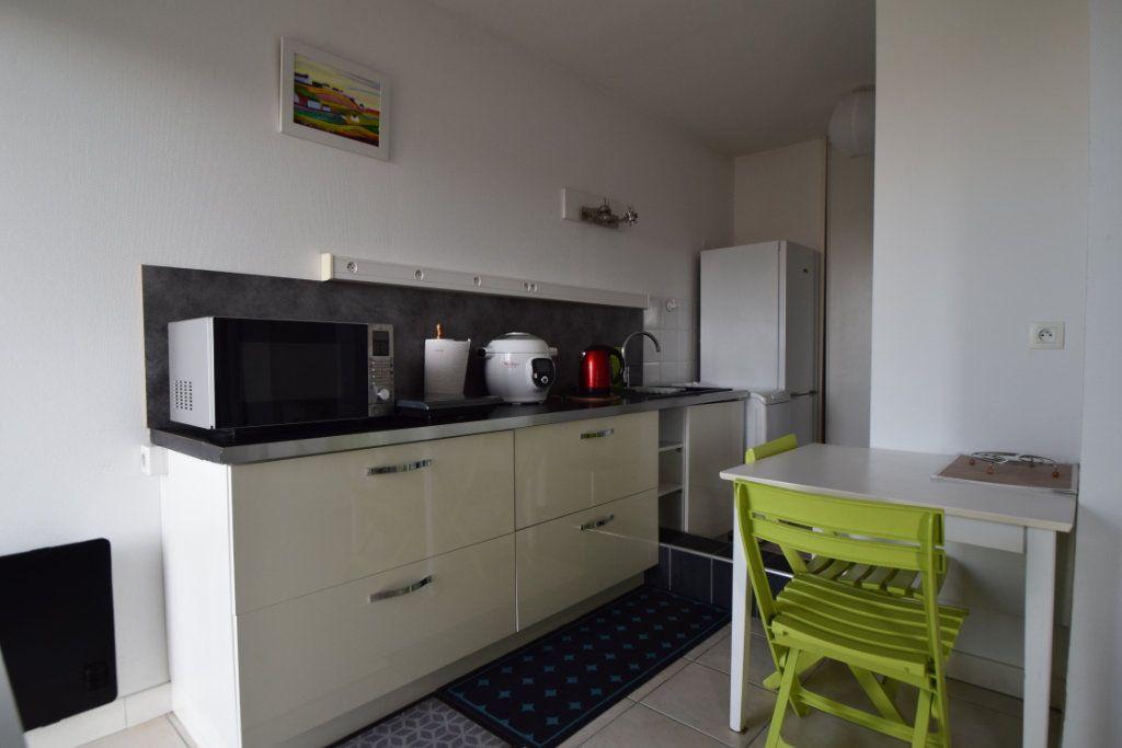 Appartement à louer 1 30m2 à Pau vignette-4