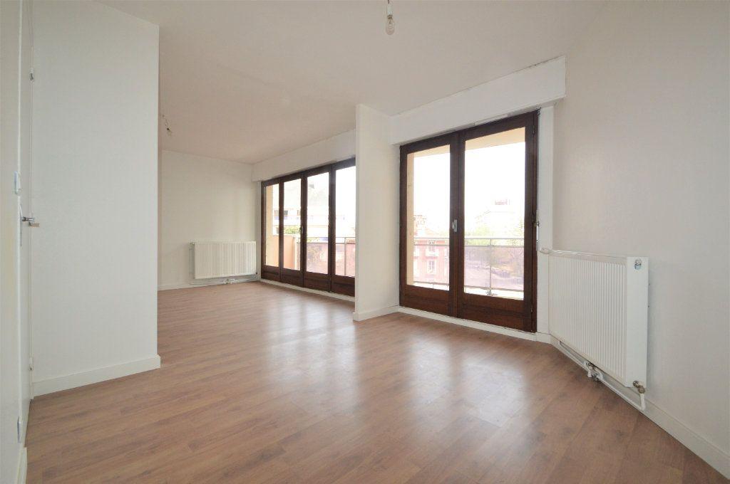 Appartement à louer 3 74m2 à Pau vignette-2