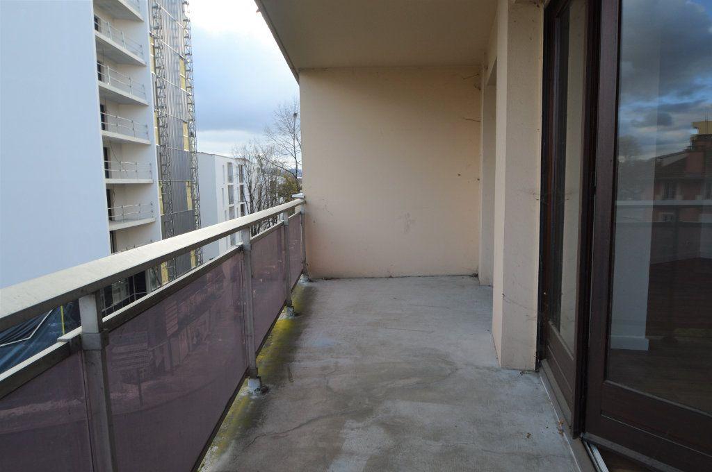 Appartement à louer 3 74m2 à Pau vignette-7