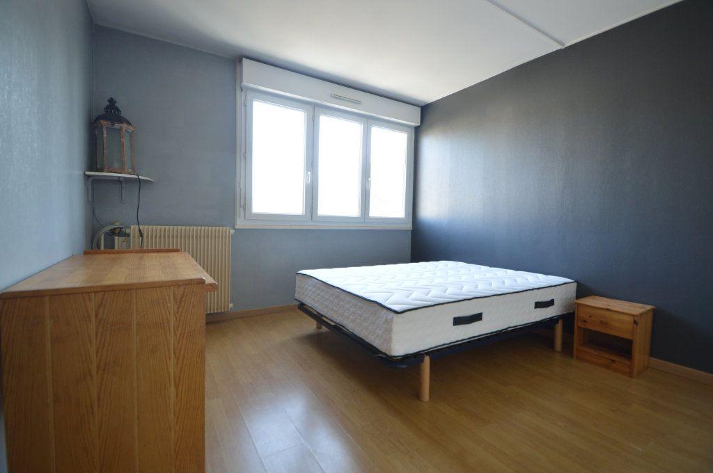 Appartement à louer 3 60.18m2 à Pau vignette-3