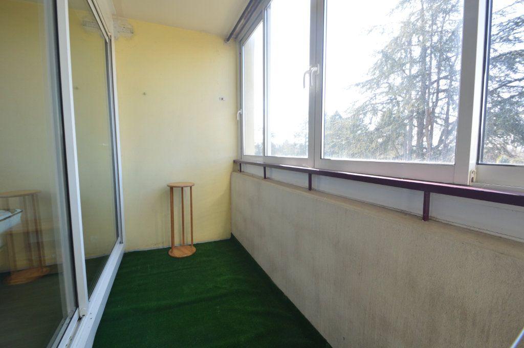 Appartement à louer 3 60.18m2 à Pau vignette-6