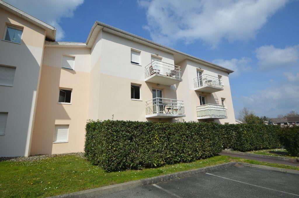 Appartement à louer 2 45.9m2 à Pau vignette-7