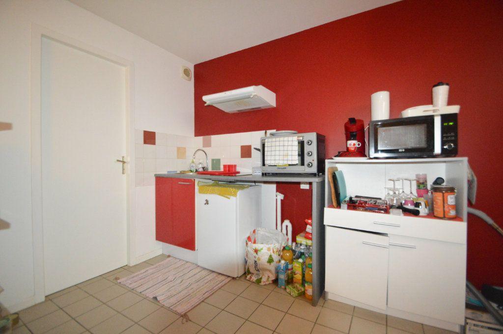 Appartement à louer 2 39.42m2 à Pau vignette-3