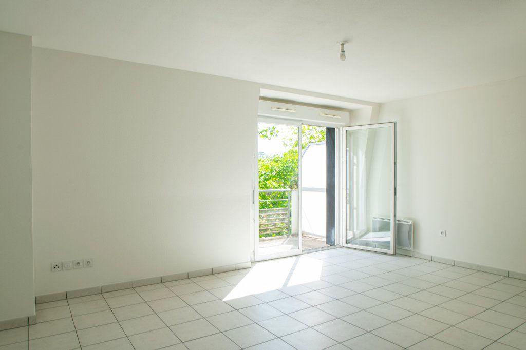 Appartement à vendre 4 70.49m2 à Pau vignette-4