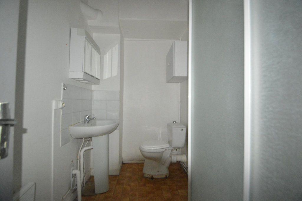 Appartement à louer 2 42m2 à Gelos vignette-4
