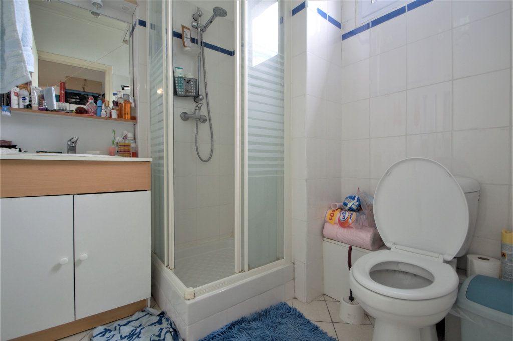 Appartement à louer 1 20.42m2 à Pau vignette-4