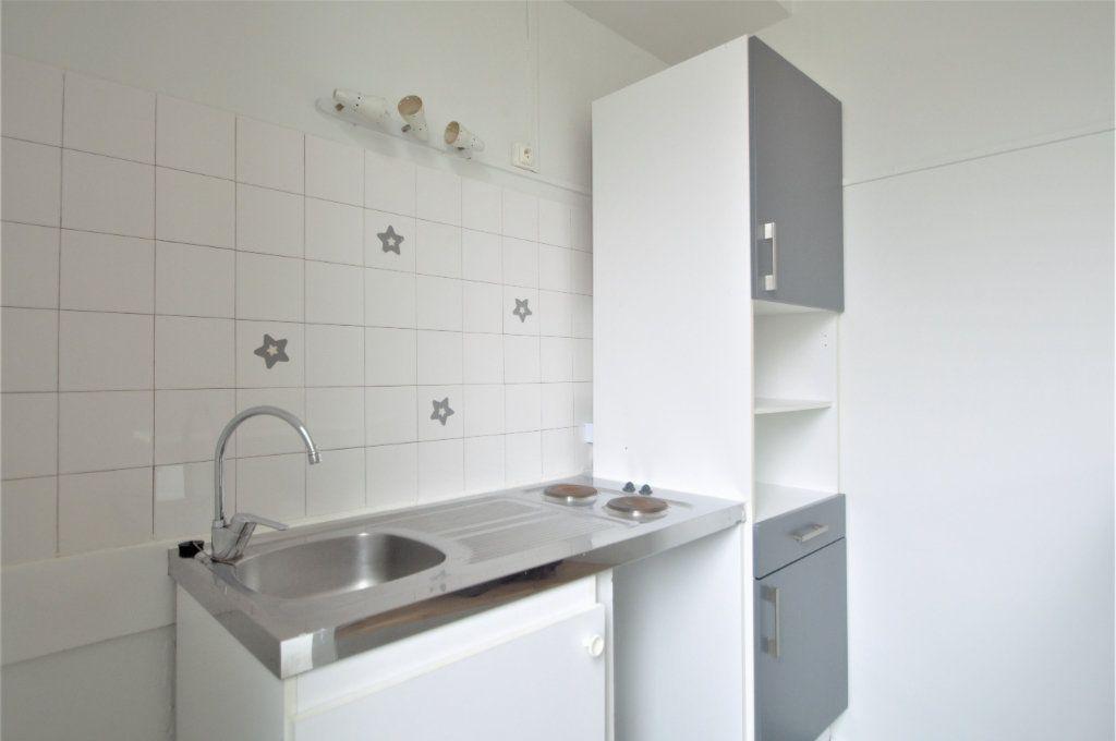 Appartement à louer 1 29.27m2 à Pau vignette-2
