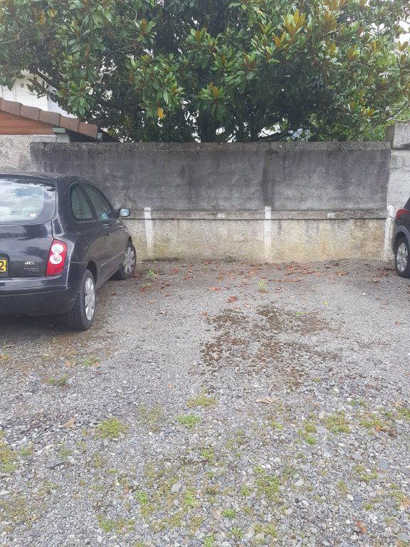 Stationnement à louer 0 10m2 à Pau vignette-1