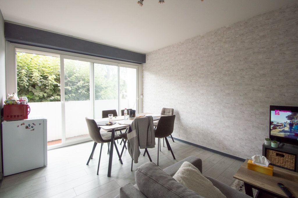 Appartement à vendre 2 40m2 à Billère vignette-1