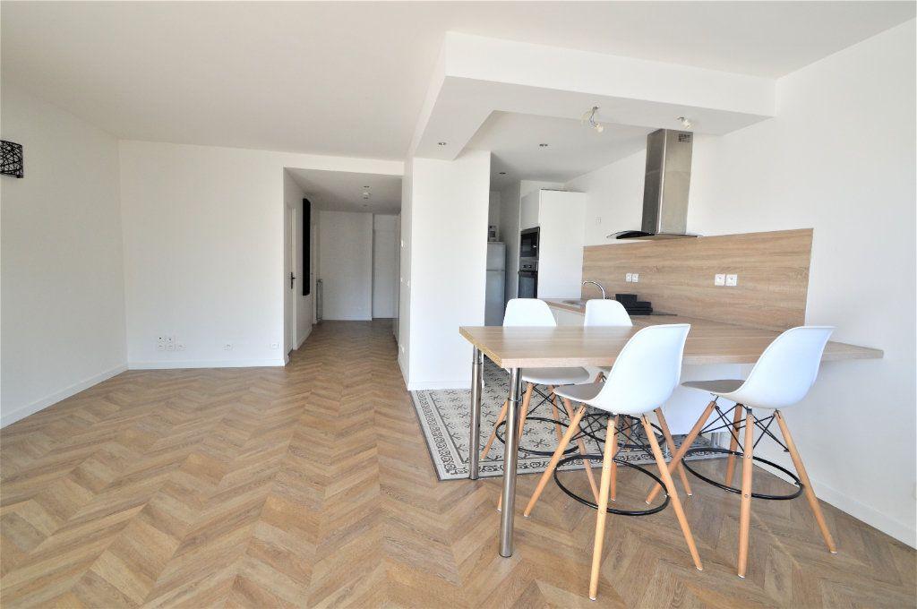 Appartement à louer 2 51.03m2 à Pau vignette-1