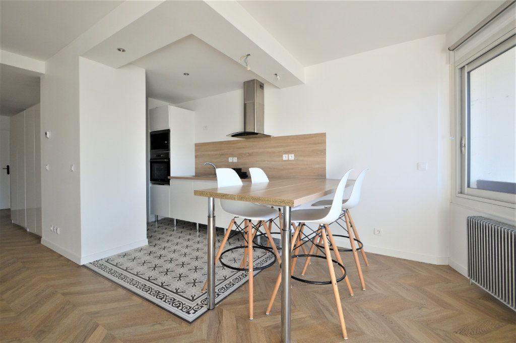 Appartement à louer 2 51.03m2 à Pau vignette-2