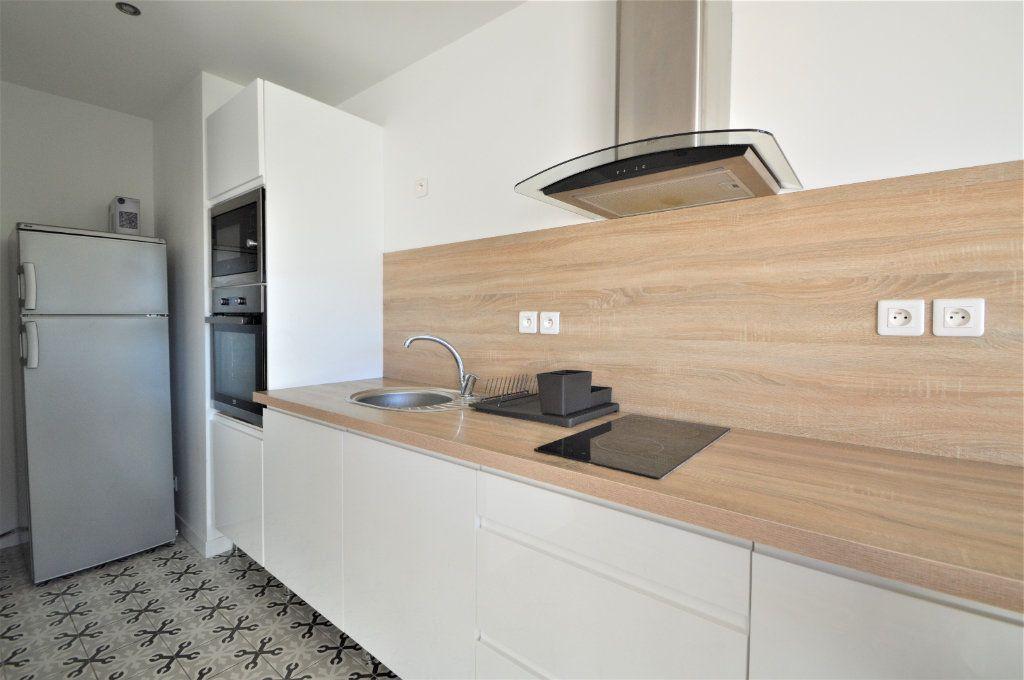 Appartement à louer 2 51.03m2 à Pau vignette-4
