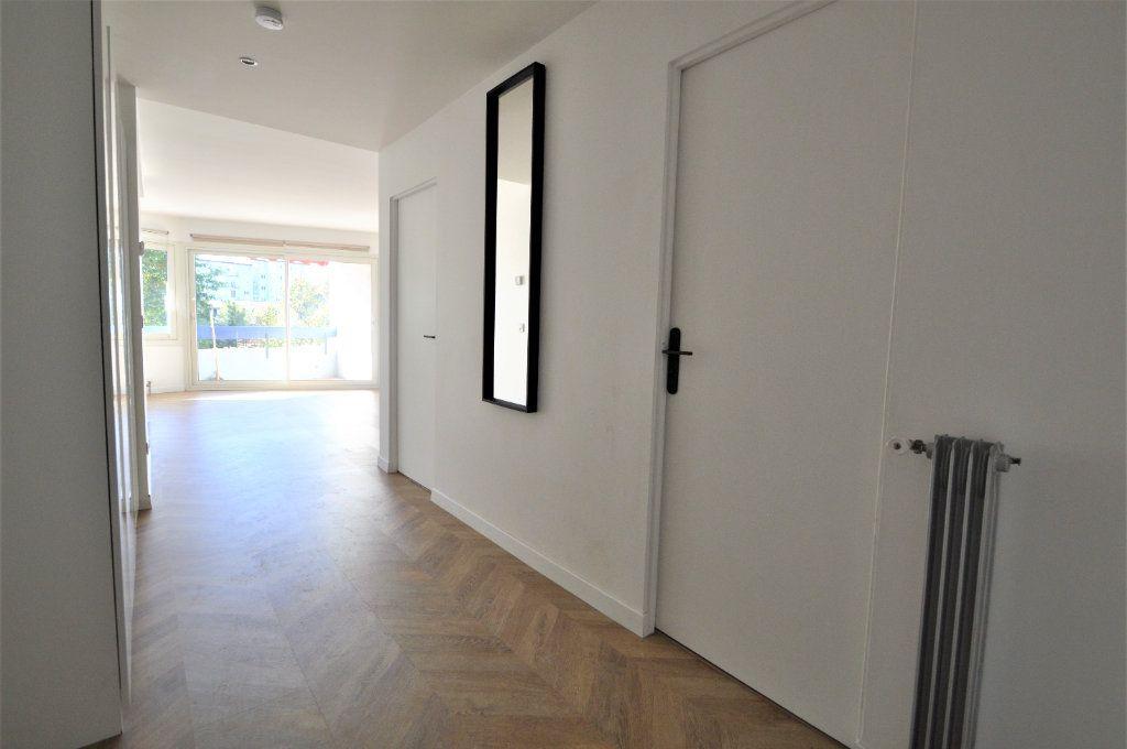 Appartement à louer 2 51.03m2 à Pau vignette-6