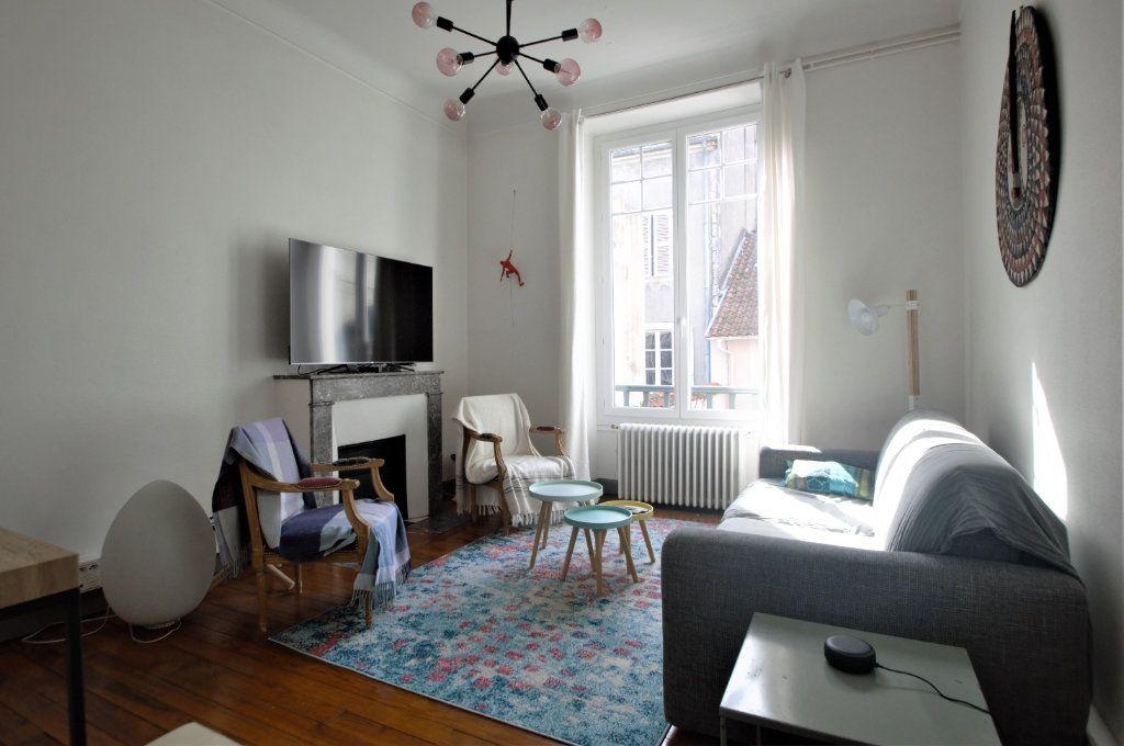Appartement à louer 3 65.59m2 à Pau vignette-2