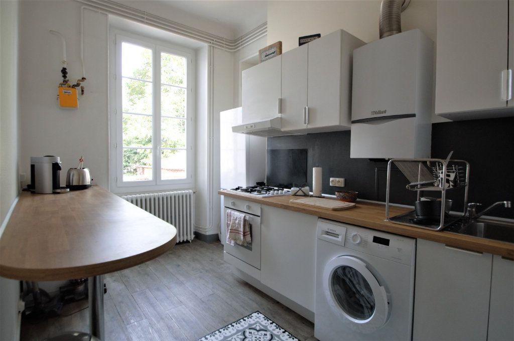 Appartement à louer 3 65.59m2 à Pau vignette-4