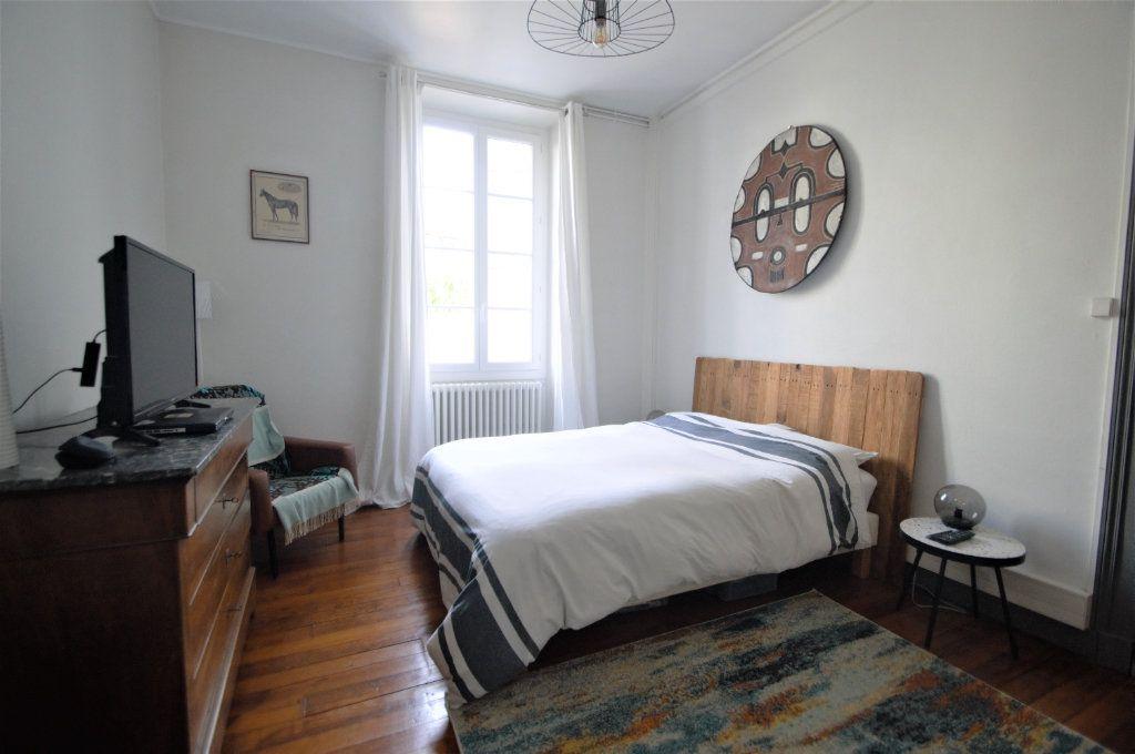 Appartement à louer 3 65.59m2 à Pau vignette-5