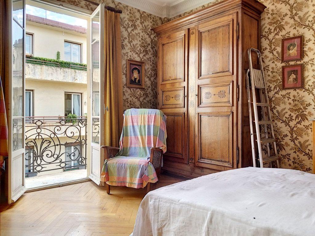 Appartement à vendre 3 72m2 à Nice vignette-3