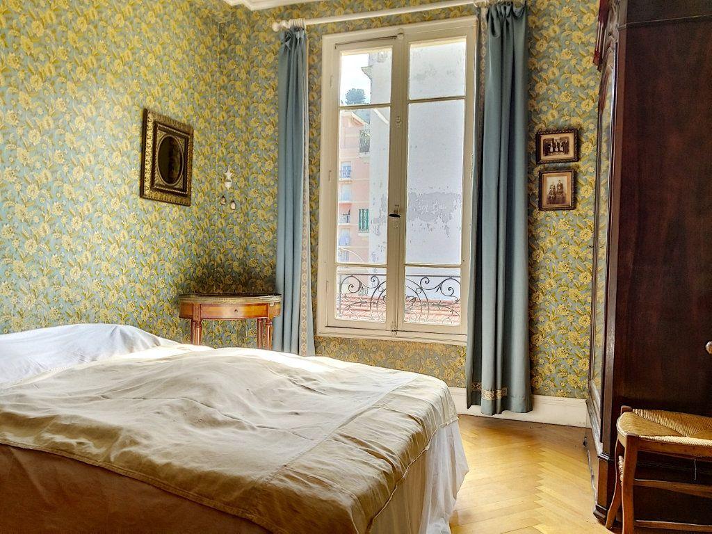 Appartement à vendre 3 72m2 à Nice vignette-4