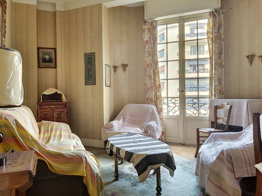 Appartement à vendre 3 72m2 à Nice vignette-7