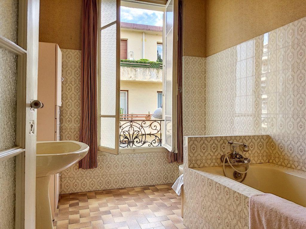 Appartement à vendre 3 72m2 à Nice vignette-8