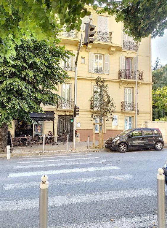 Appartement à vendre 3 72m2 à Nice vignette-12