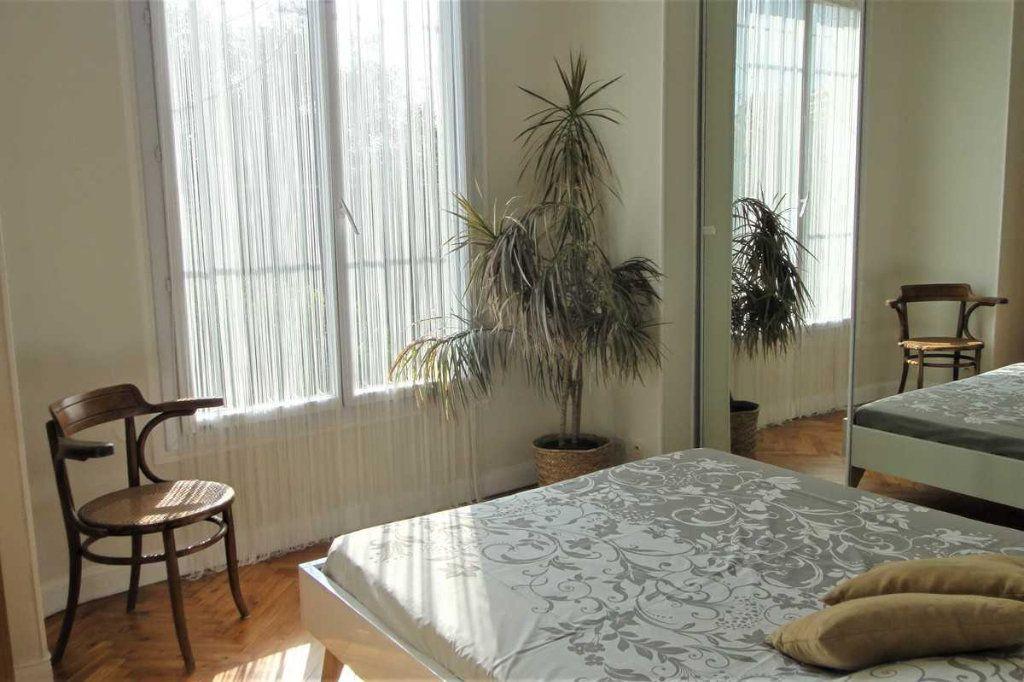 Appartement à vendre 6 150m2 à Nice vignette-11
