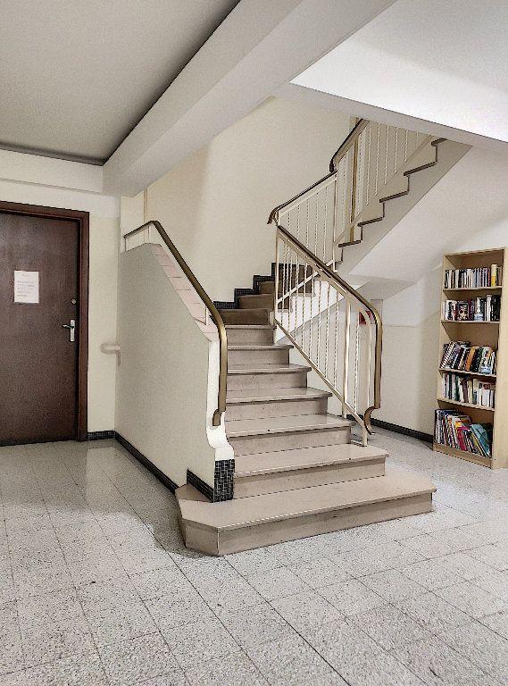 Appartement à vendre 2 52.5m2 à Nice vignette-16