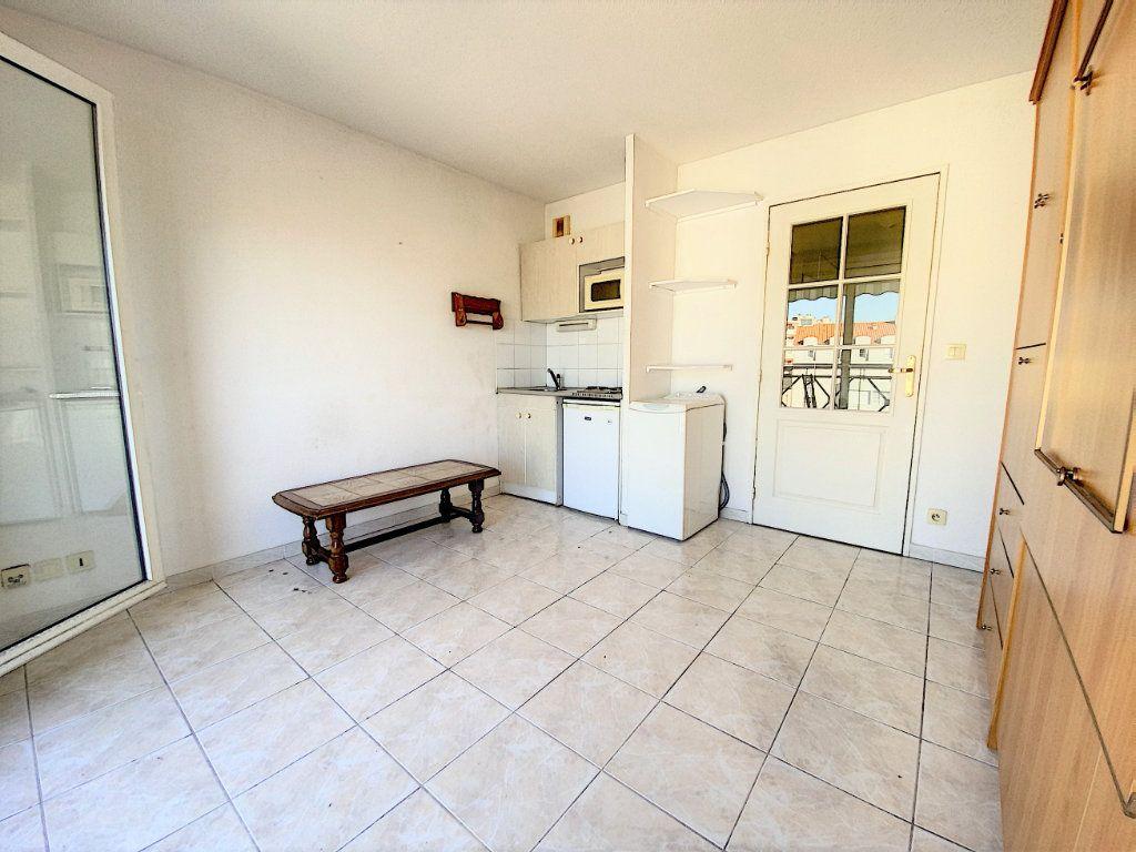 Appartement à vendre 1 20m2 à Nice vignette-3