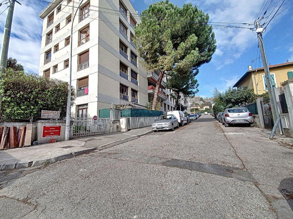 Appartement à vendre 2 47.44m2 à Nice vignette-8