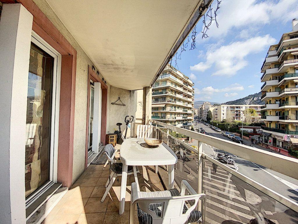 Appartement à vendre 2 29.31m2 à Nice vignette-2