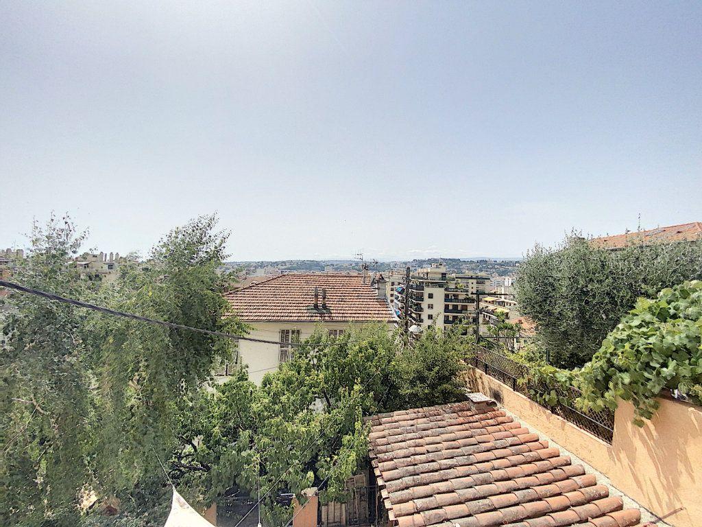 Appartement à vendre 1 22m2 à Nice vignette-1