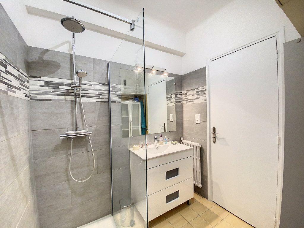Appartement à vendre 2 54m2 à Nice vignette-7