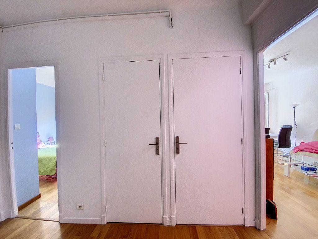 Appartement à vendre 2 54m2 à Nice vignette-8