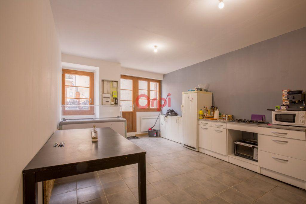 Maison à vendre 3 98.3m2 à Villeneuve-de-Berg vignette-8
