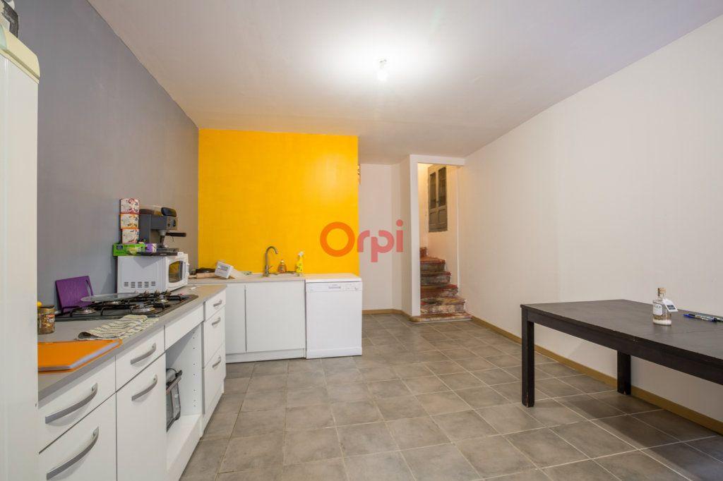 Maison à vendre 3 98.3m2 à Villeneuve-de-Berg vignette-9