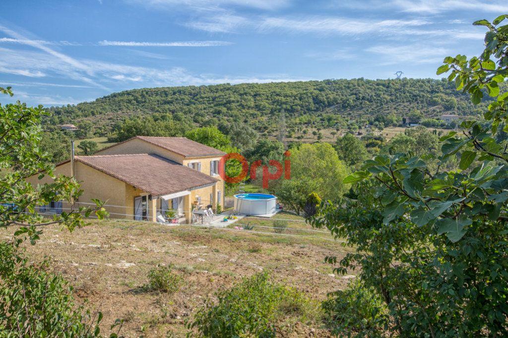 Maison à vendre 7 139m2 à Villeneuve-de-Berg vignette-1