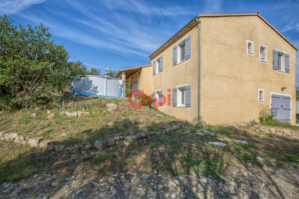 Maison à vendre 7 139m2 à Villeneuve-de-Berg vignette-2
