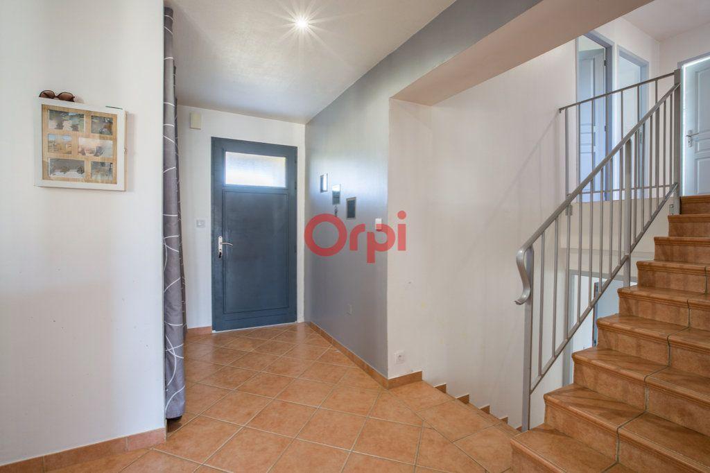 Maison à vendre 7 139m2 à Villeneuve-de-Berg vignette-5
