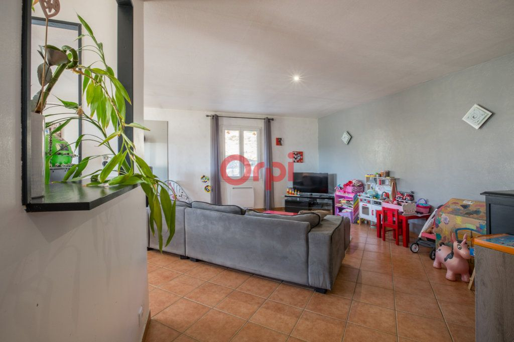 Maison à vendre 7 139m2 à Villeneuve-de-Berg vignette-7