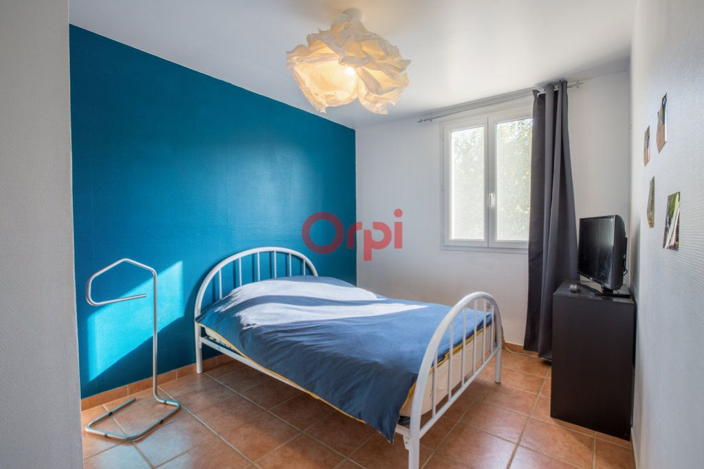 Maison à vendre 7 139m2 à Villeneuve-de-Berg vignette-13