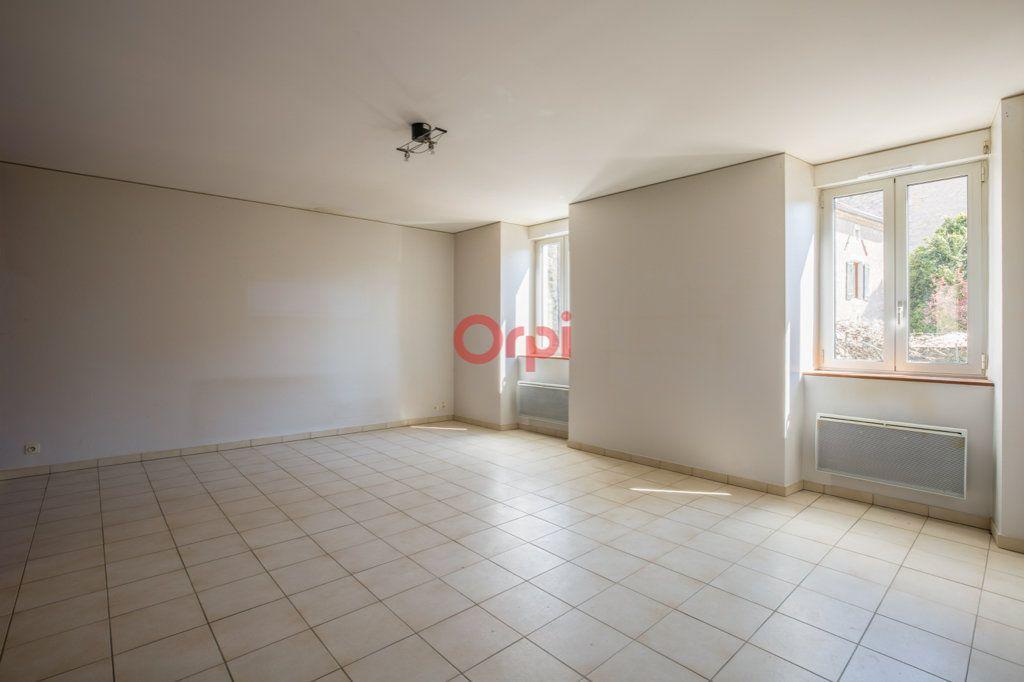 Appartement à louer 4 76.2m2 à Rochecolombe vignette-3