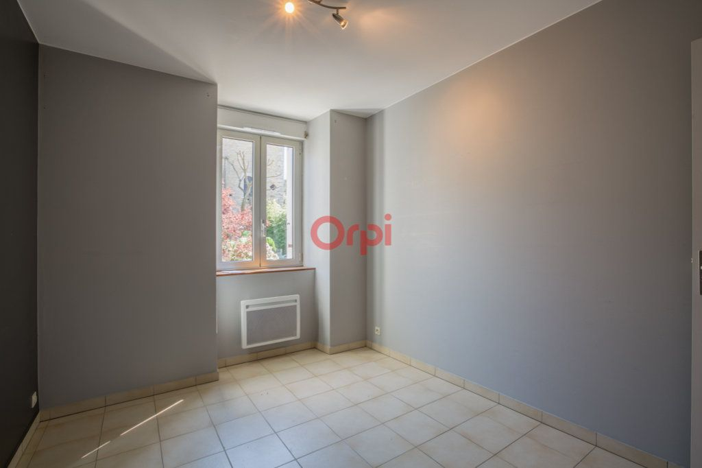 Appartement à louer 4 76.2m2 à Rochecolombe vignette-10
