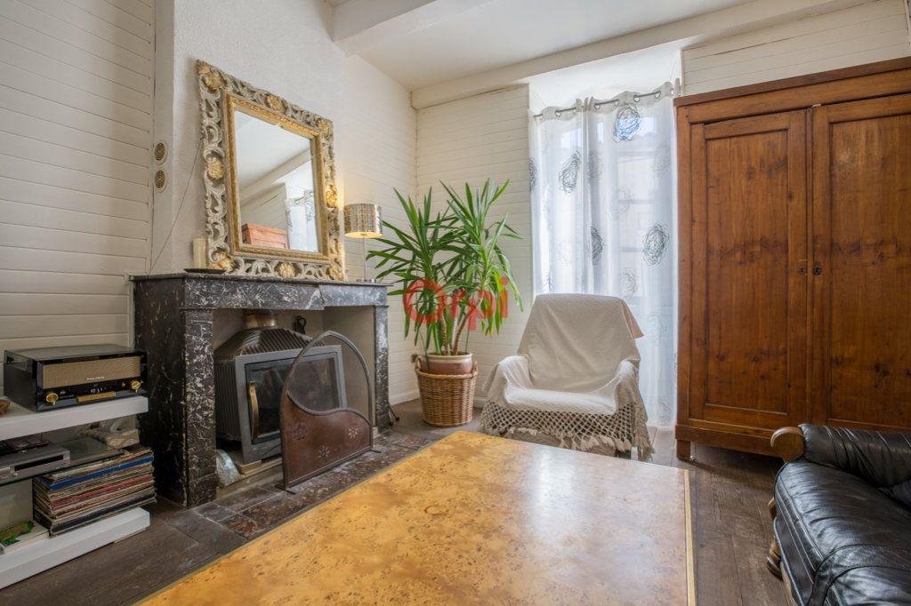 Maison à vendre 6 136m2 à Villeneuve-de-Berg vignette-2