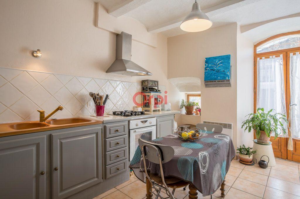 Maison à vendre 6 136m2 à Villeneuve-de-Berg vignette-4