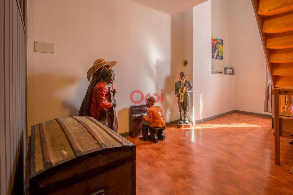 Maison à vendre 6 136m2 à Villeneuve-de-Berg vignette-11