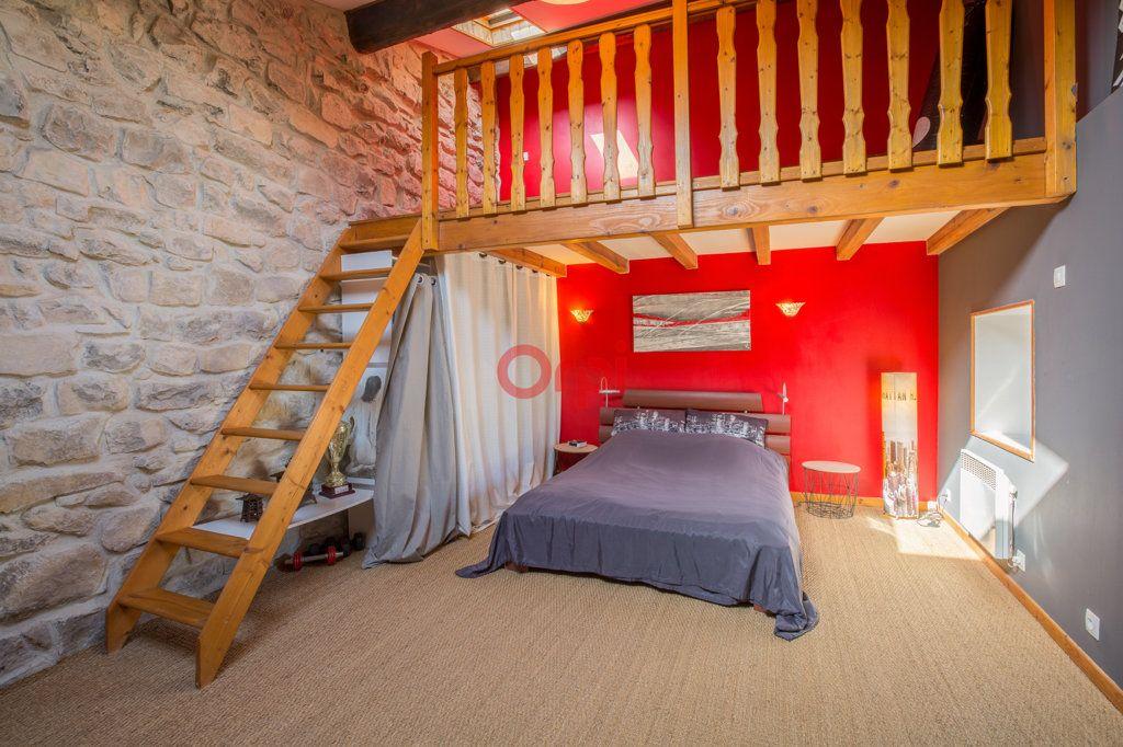 Maison à vendre 6 136m2 à Villeneuve-de-Berg vignette-12
