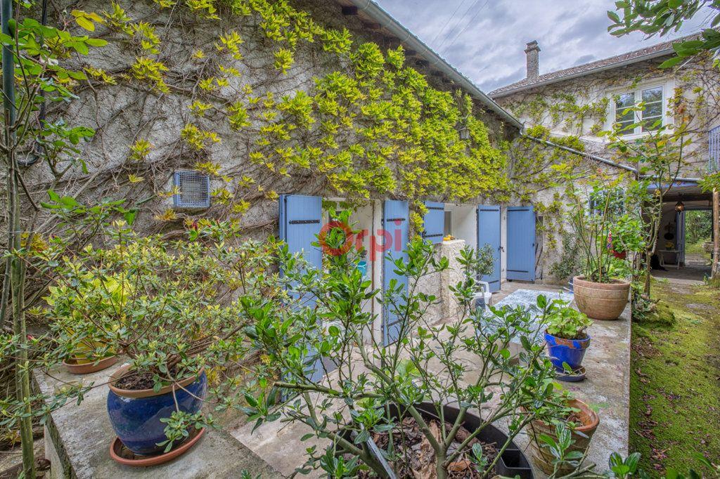 Maison à vendre 15 410m2 à Privas vignette-3